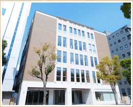 日本調理製菓専門学校外観