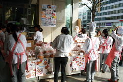 期間限定菓子ショップ