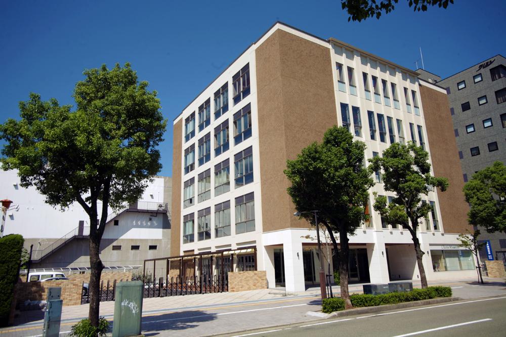 日本調理製菓専門学校(調理校舎)