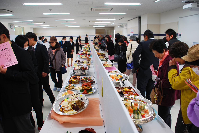 調理校3F「創作料理展示コーナー」