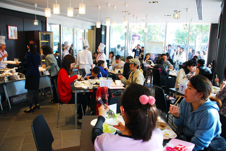 調理校1F 学校案内コーナー&「地産地消レストラン」