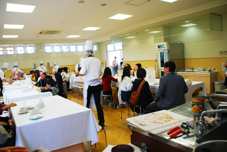 製菓校 製菓実習室