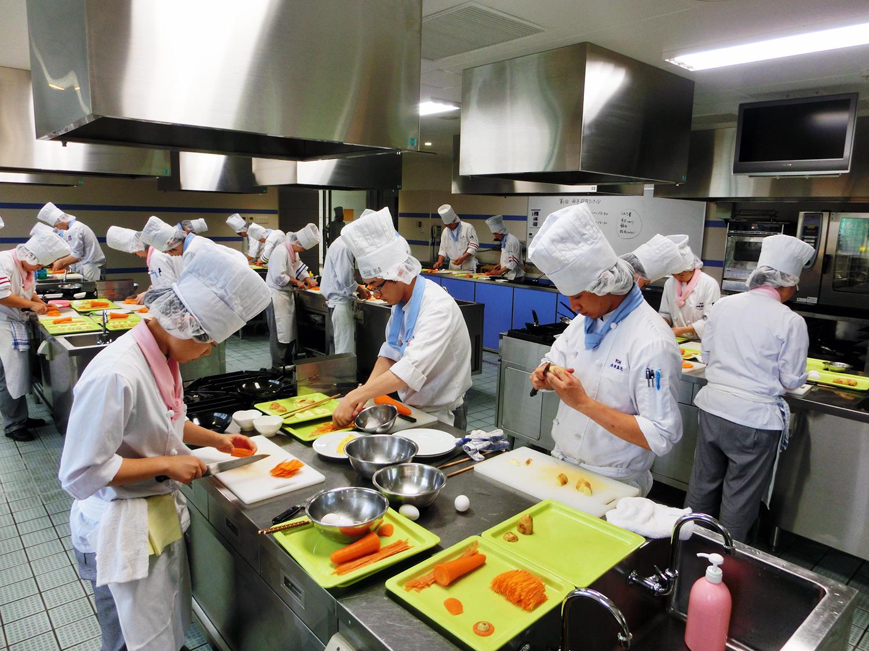 調理技術校内コンテスト