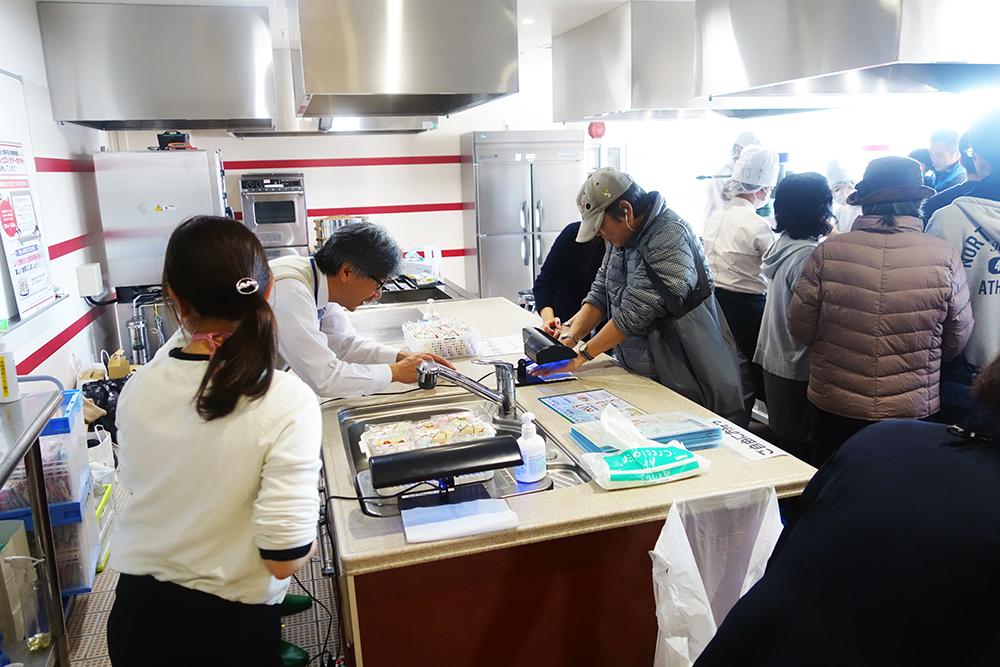 調理校4F実習室