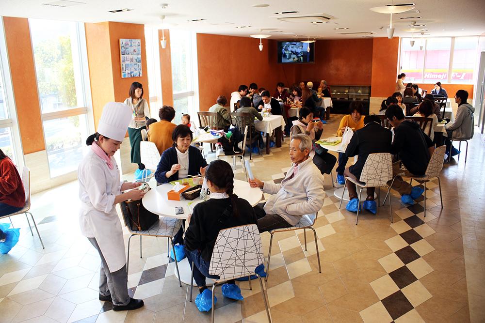 調理校2F 「レストラン」